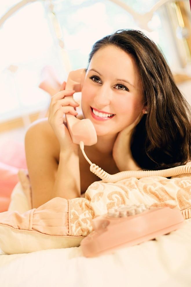 woman-593133_1280-1