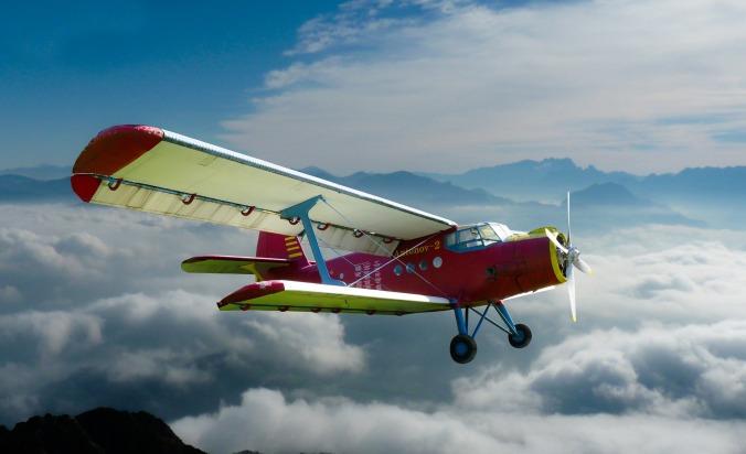 aircraft-1248824_1920